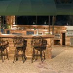 Custom Barbecue Islands and Outdoor Kitchens