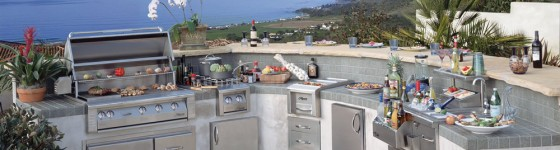 Alfresco Grey and White Outdoor Kitchen